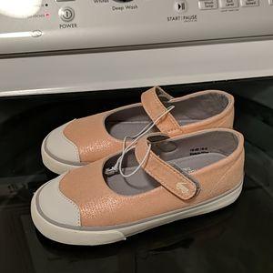 NWOT See Kai Run Emily Rose Gold shimmer shoes 12